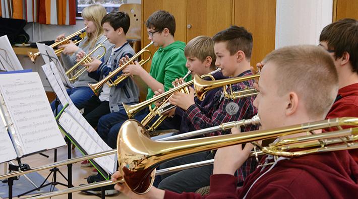 Volle Konzentration im Schülerorchester