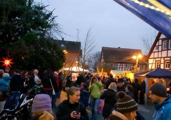 Viel los am Weihnachtsmarkt in Meerholz