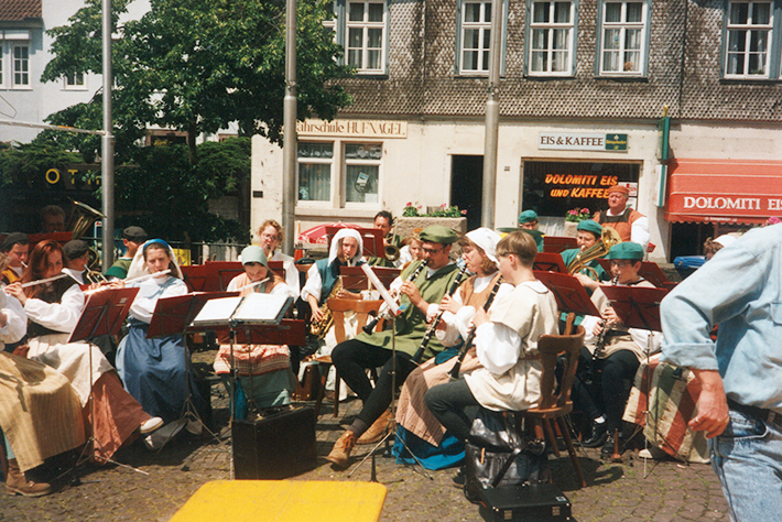 Auftritt in Sack und Leinen - anlässlich der 825-Jahr-Feier in Gelnhausen