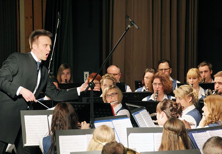 Jens Weismantel und das Stammorchester in Aktion